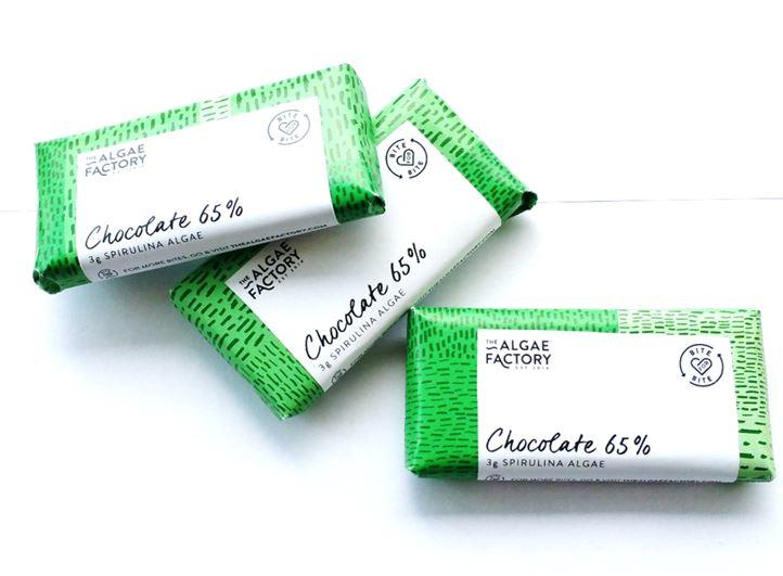 barrette di cioccolato fondente e spirulina